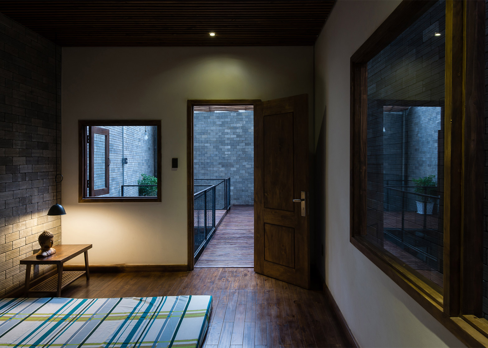 Home Zen zen househa is a home for three buddhists