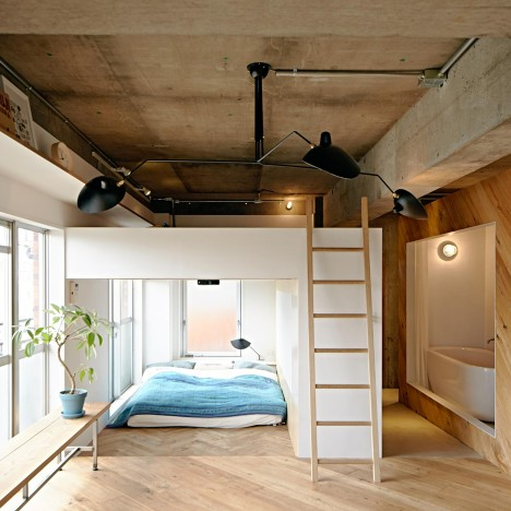 Two boxes replace walls in Kanagawa apartment by 8 Tenhachi