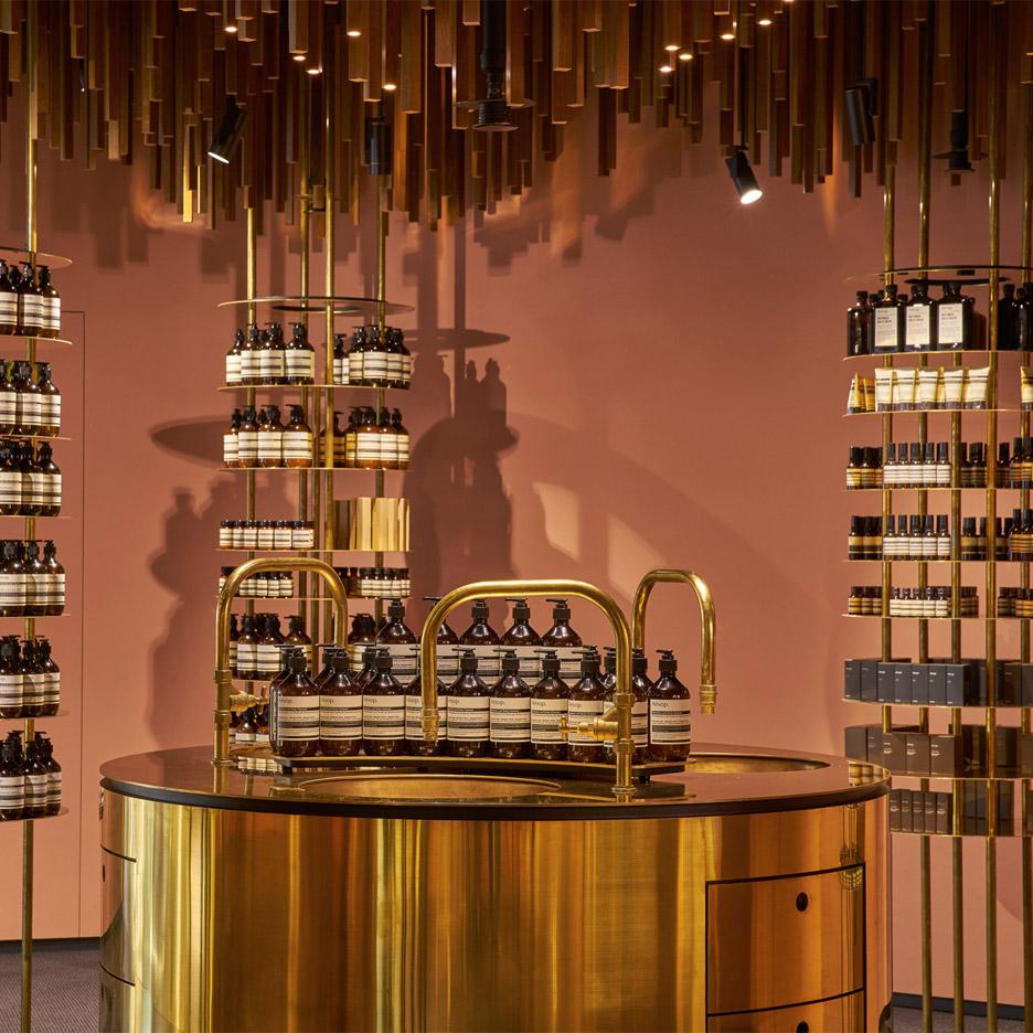 Aesop cosmetics shop interior by Snøhetta in Singapore