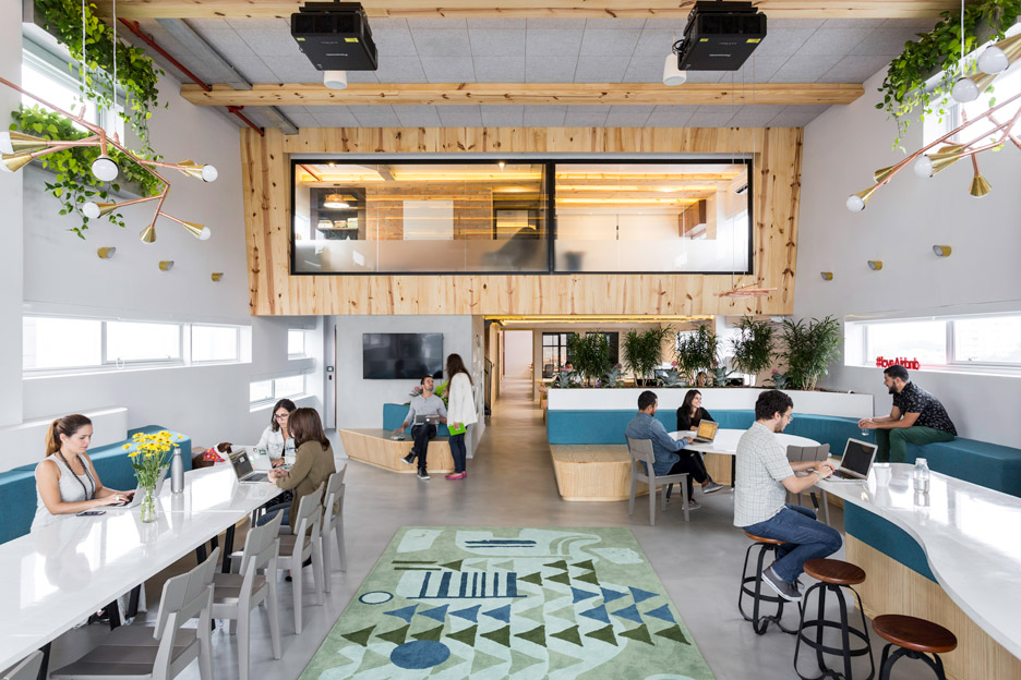 The Airbnb office in São Paolo by MM18