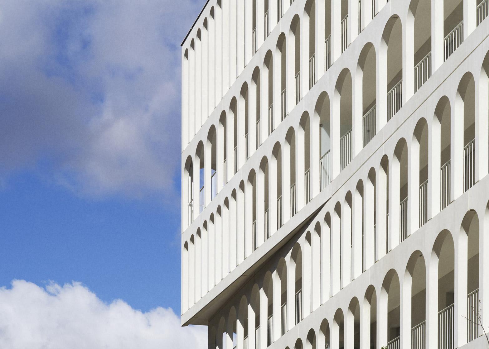 Photograph by Julien Lanoo of Arches Boulogne by Antonini Darmon, a social housing scheme in Paris, France