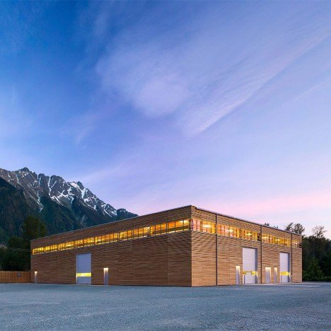 Hemsworth creates all-wood Passivhaus factory in a mountainous region of Canada