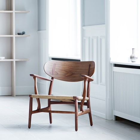 Carl Hansen & Søn reissues Hans J Wegner's CH22 lounge chair