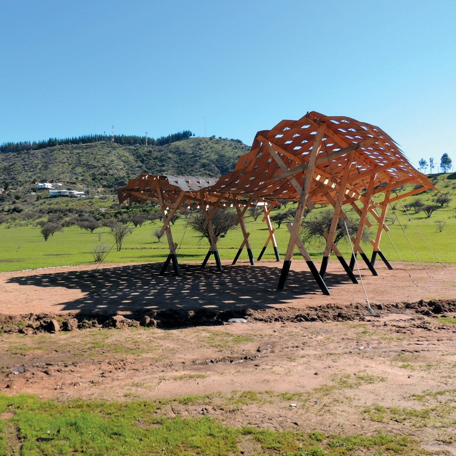 carolina solis_recycled materials_chile pavilion_venice architecture biennale_dezeen_sqa