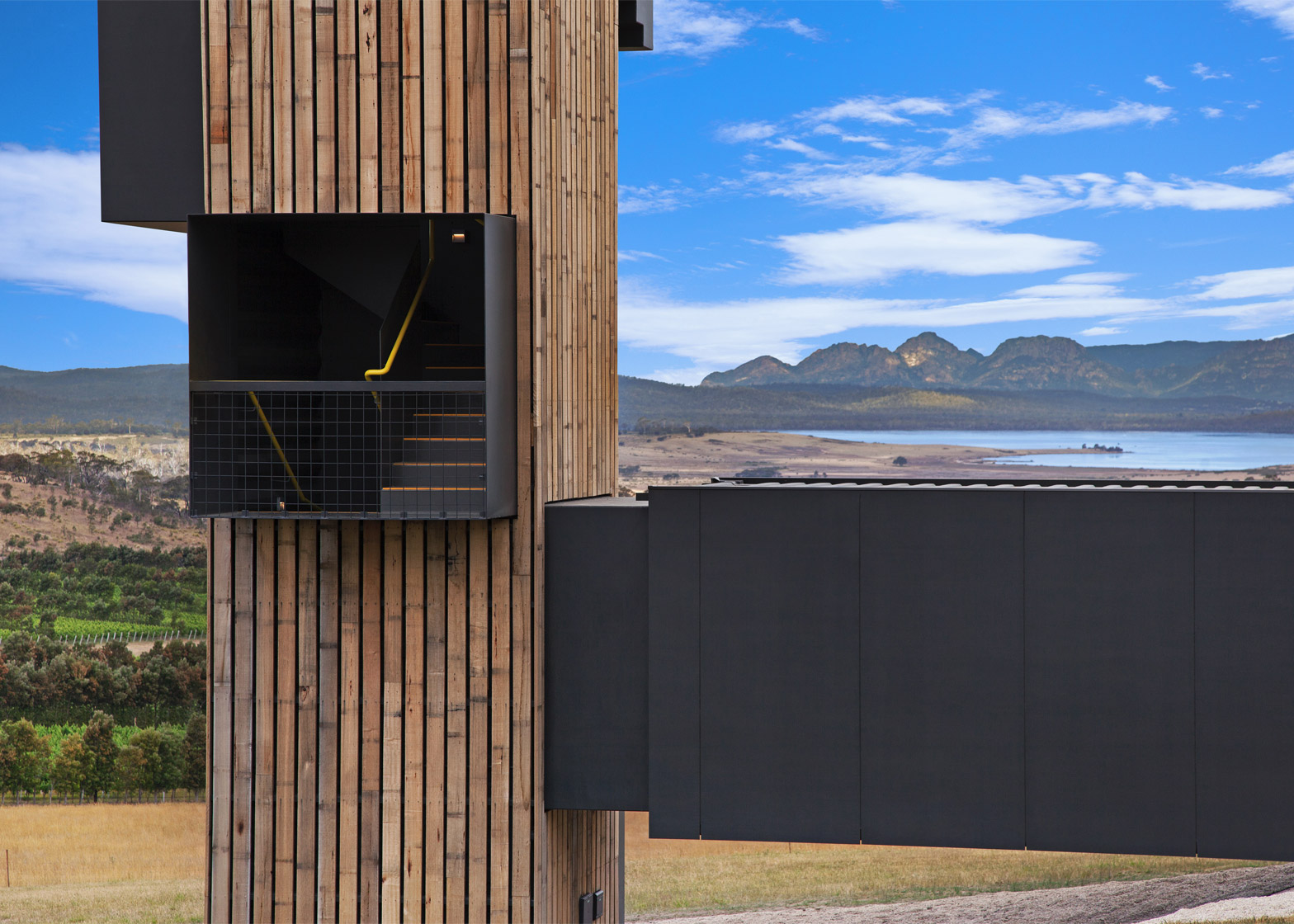 Devil's Corner Lookout and Cellar Door by Cumulus Studio