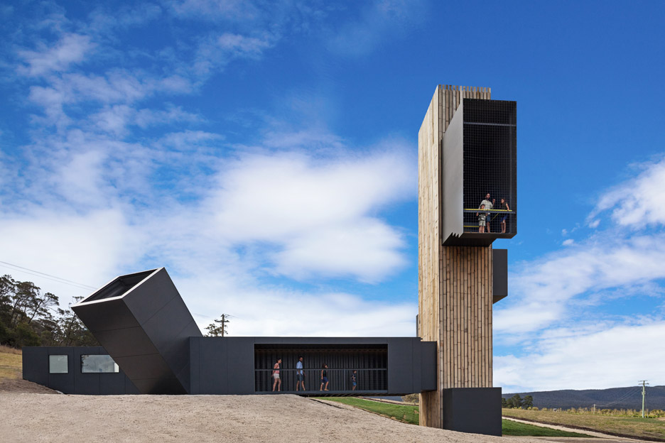 devils-corner-lookout-cellar-door_cumulus-studio_dezeen_936_13