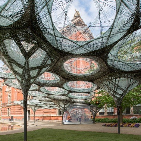 Robotically fabricated carbon-fibre pavilion opens at the V&A