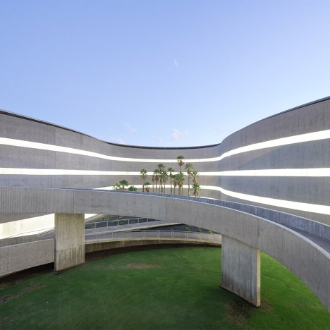 Faculty of Fine Arts, University of La Laguna by GPY Arquitectos