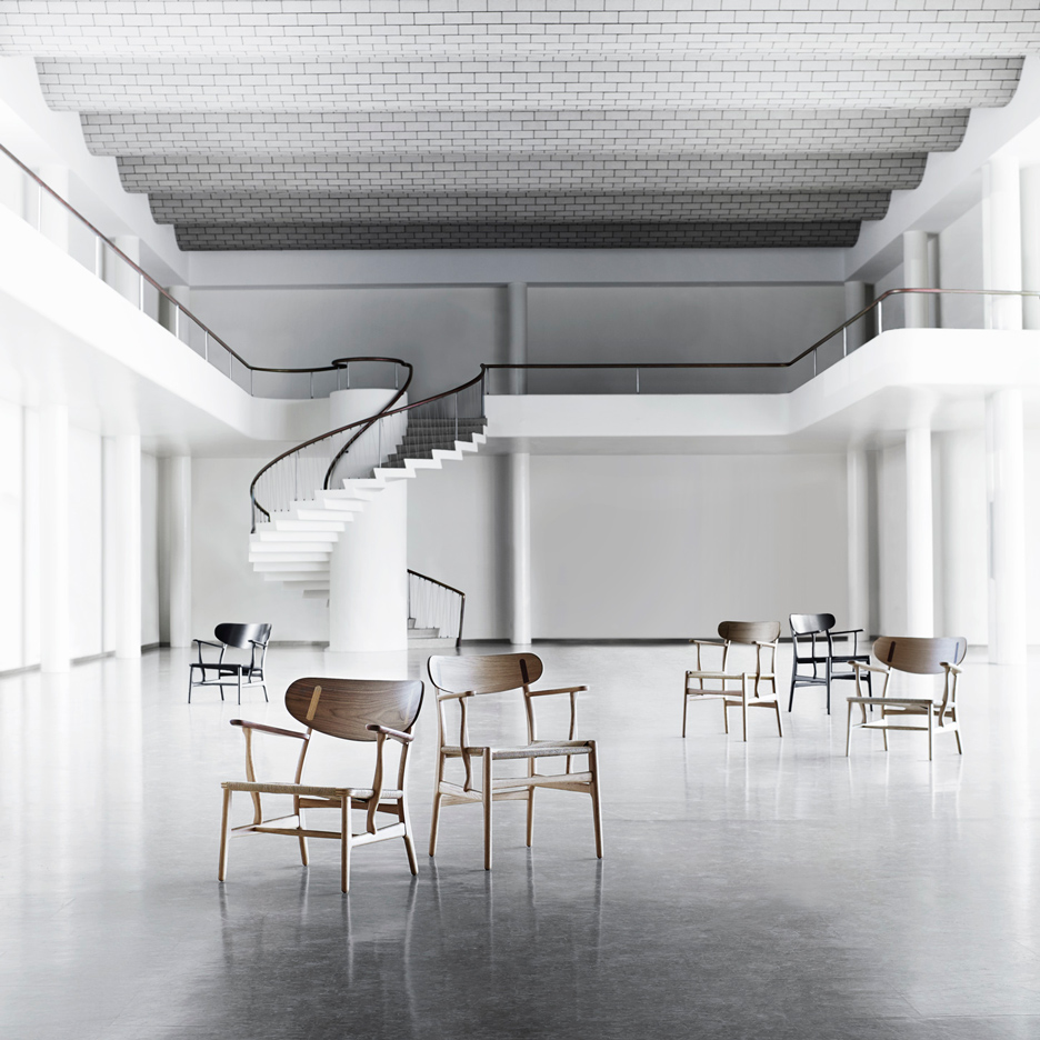 Hans J Wegner chairs by Carl Hansen & Son