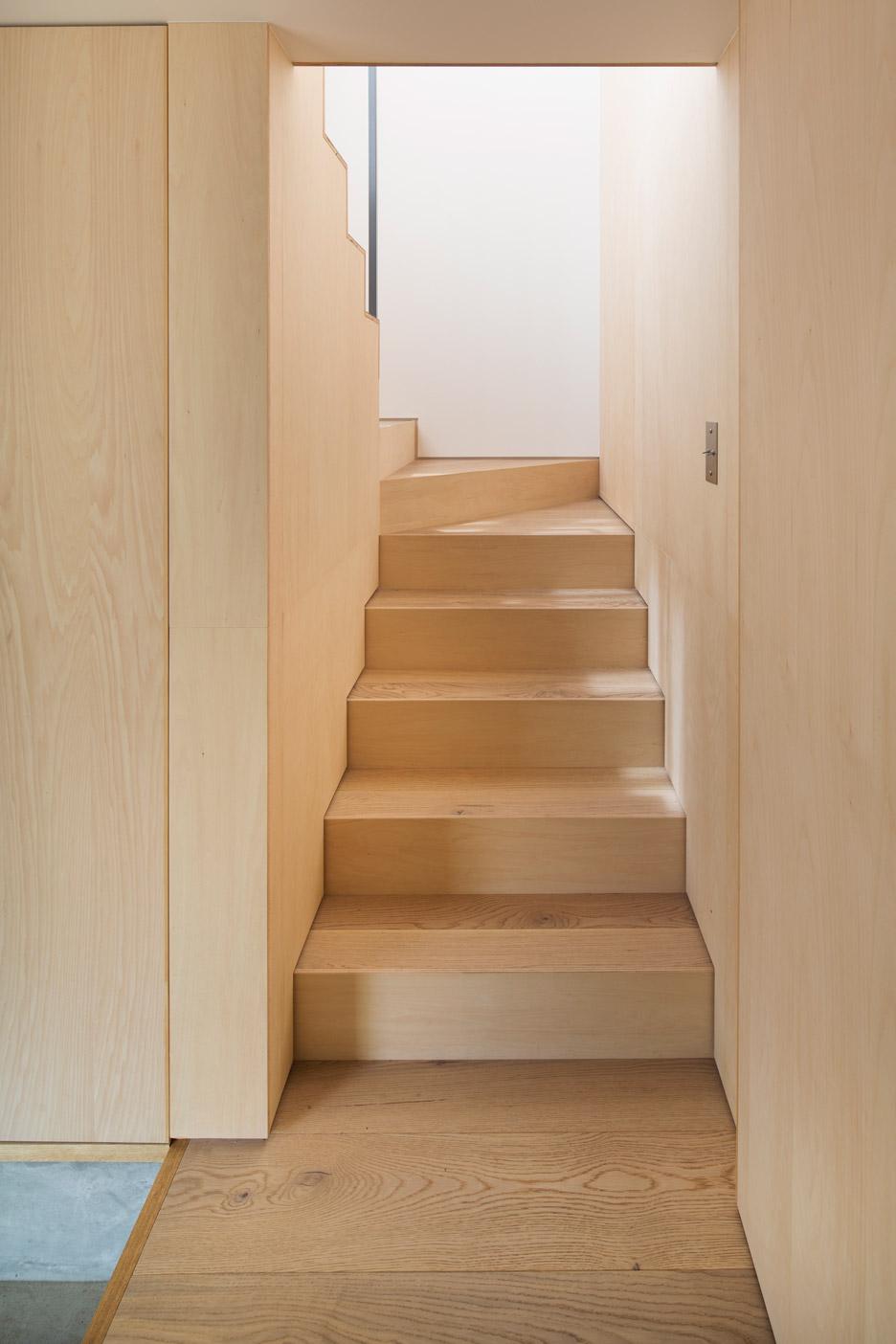module-grid-house-tetsuo-yamaji-architects-kanto-japan_dezeen_936_5