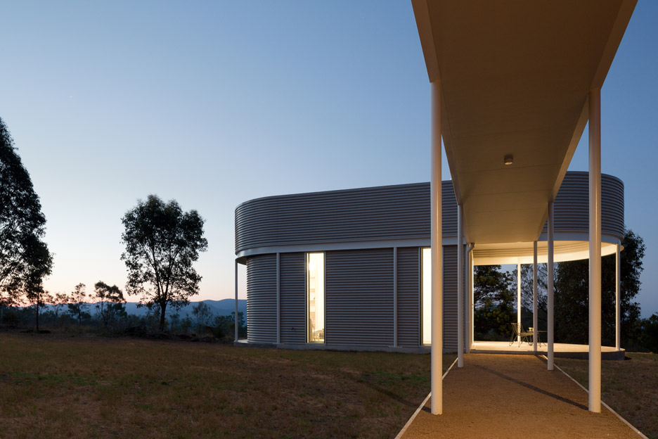 Southern Highlands House by Benn & Penna Architects