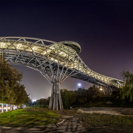 Leila Araghian's Tabiat Bridge creates new public space for pedestrians in Tehran