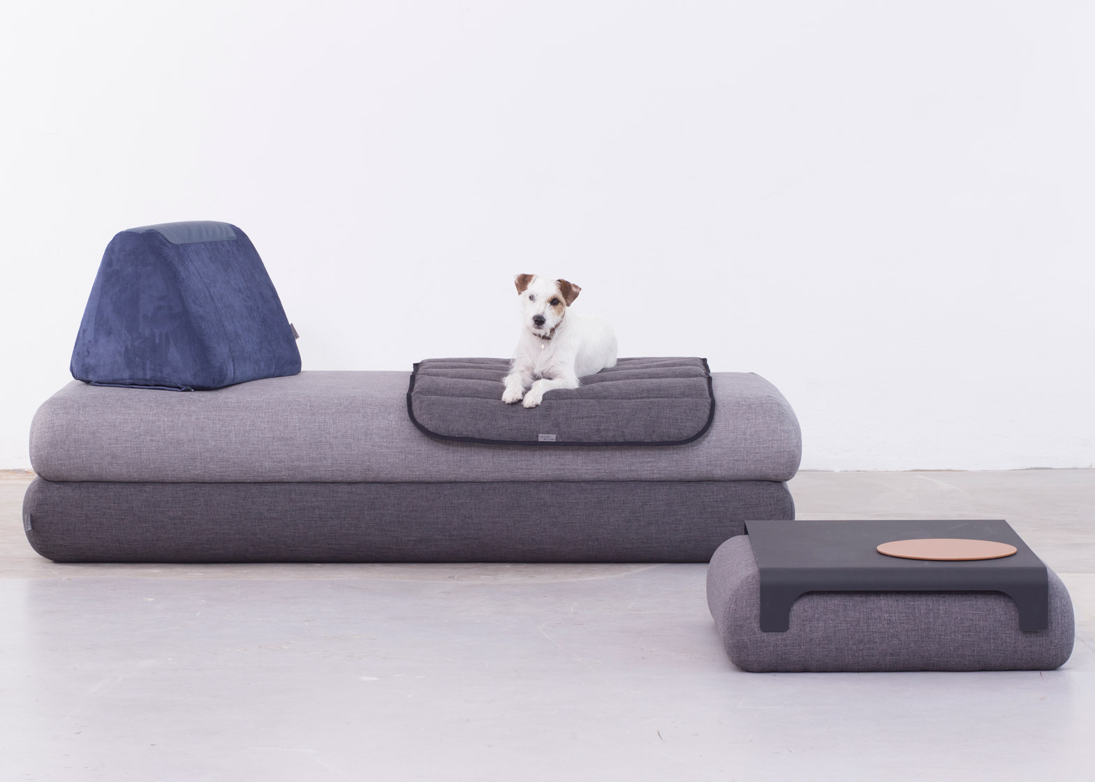 Urban Nomad sofa designed by Anikó Rácz for Hannabi