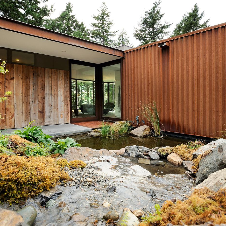 Eagle Ridge residence by Gary Gladwish