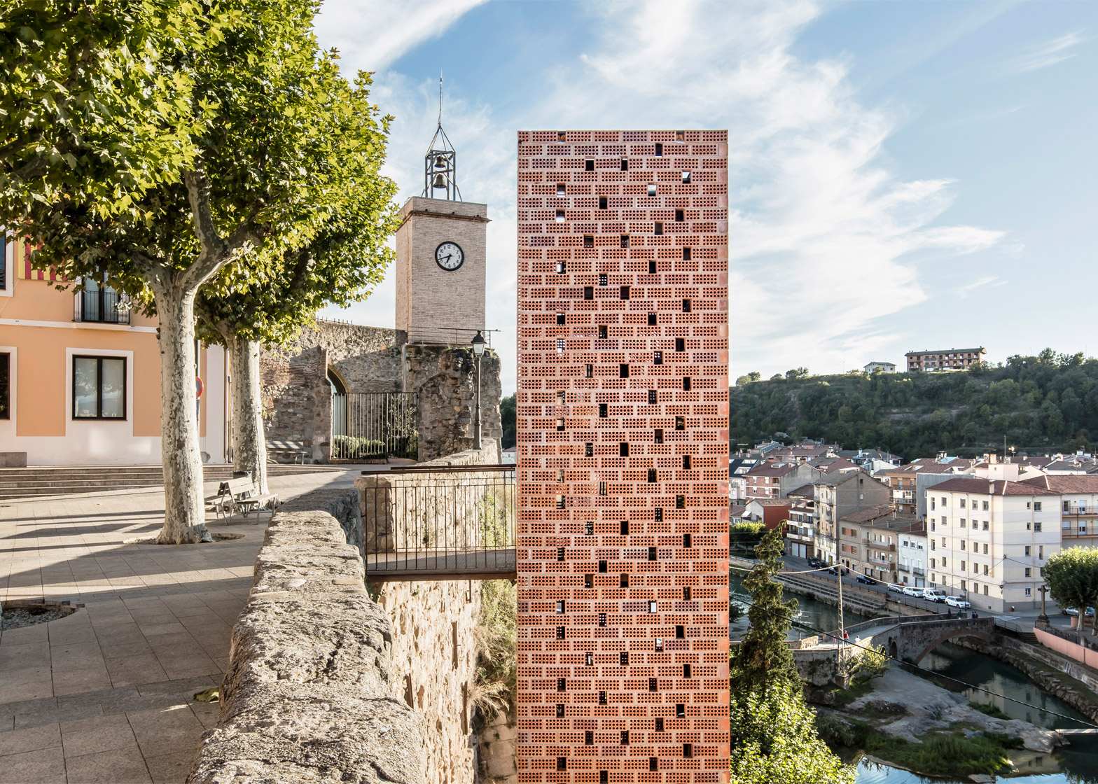 New Access to the Historic Centre of Gironella by Carles Enrich