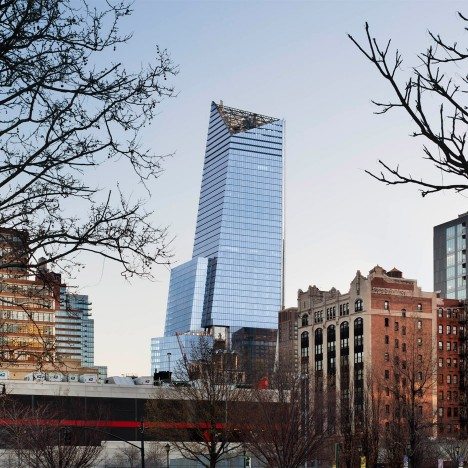 KPF's 10 Hudson Yards skyscraper in New York welcomes first tenant Coach