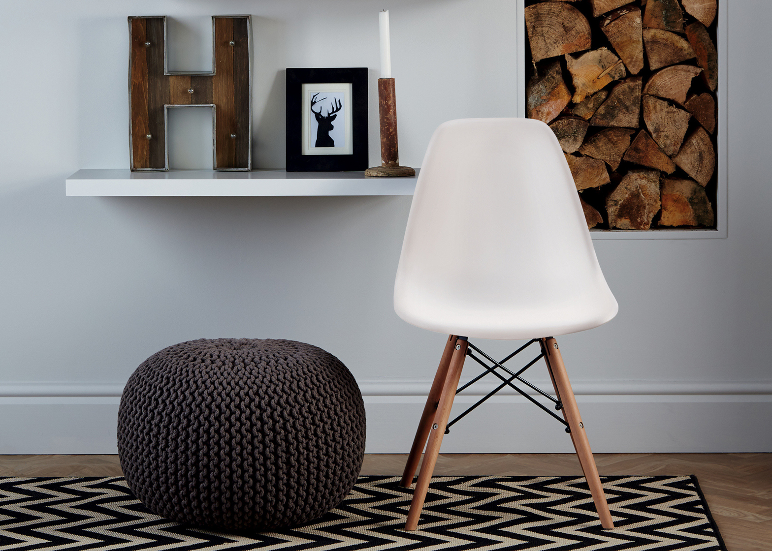 Aldi UK sells replica Eames' DSW Plastic Chairs