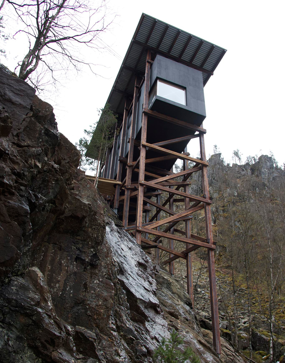 Allmannajuvet tourist route pavilion in Norway by Peter Zumthor. Photograph by Per Ritzler