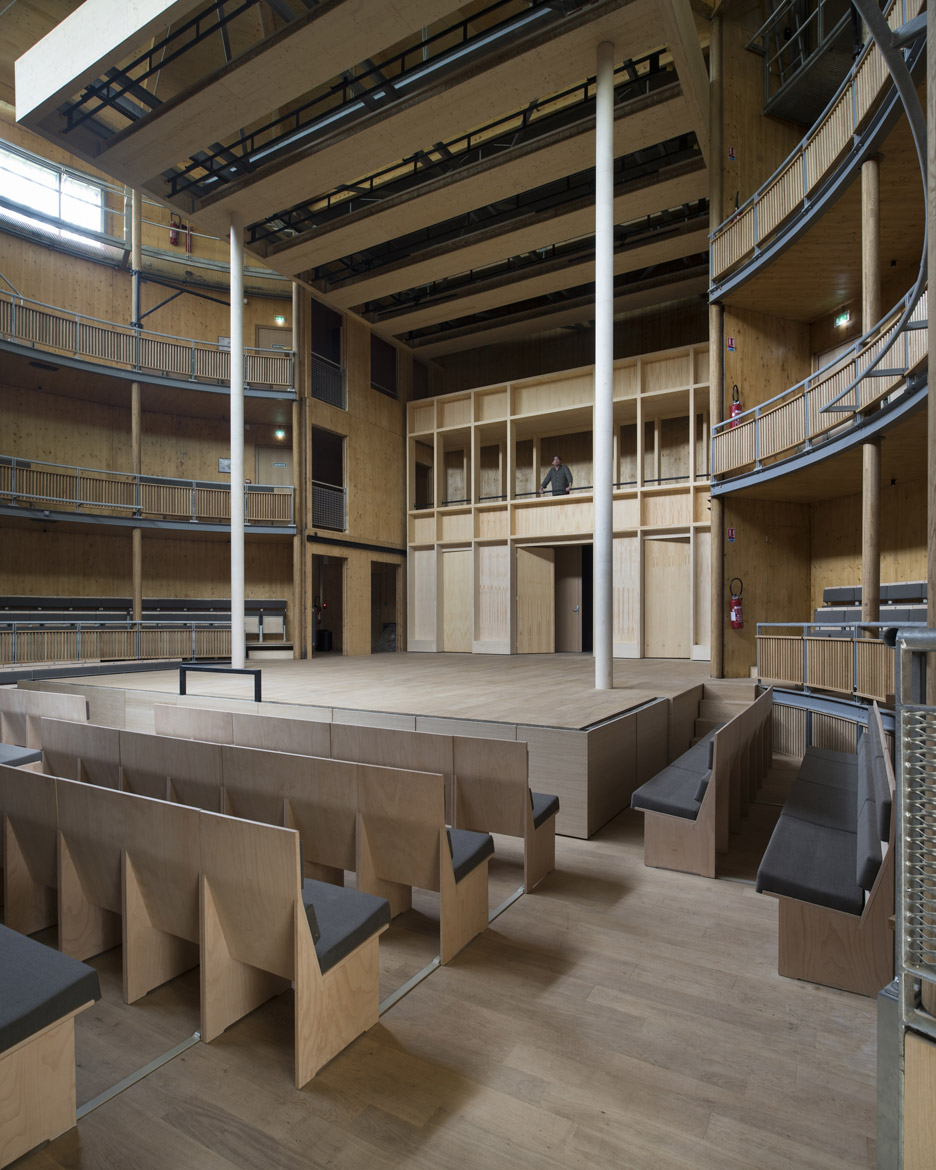 andrew-todd-theatre-pas-de-calais-globe-elizabethan-france-cross-laminated-timber_dezeen_936_10