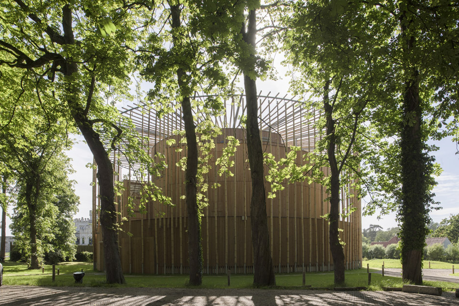 andrew-todd-theatre-pas-de-calais-globe-elizabethan-france-cross-laminated-timber_dezeen_936_8