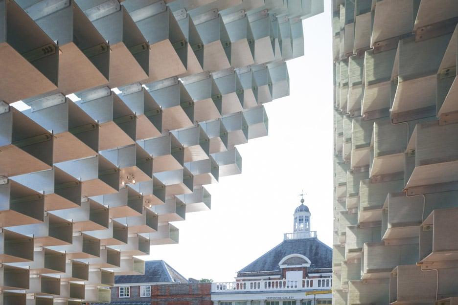 bjarke-ingels_big_sepentine-gallery-pavilion-opening_london_dezeen_936_4