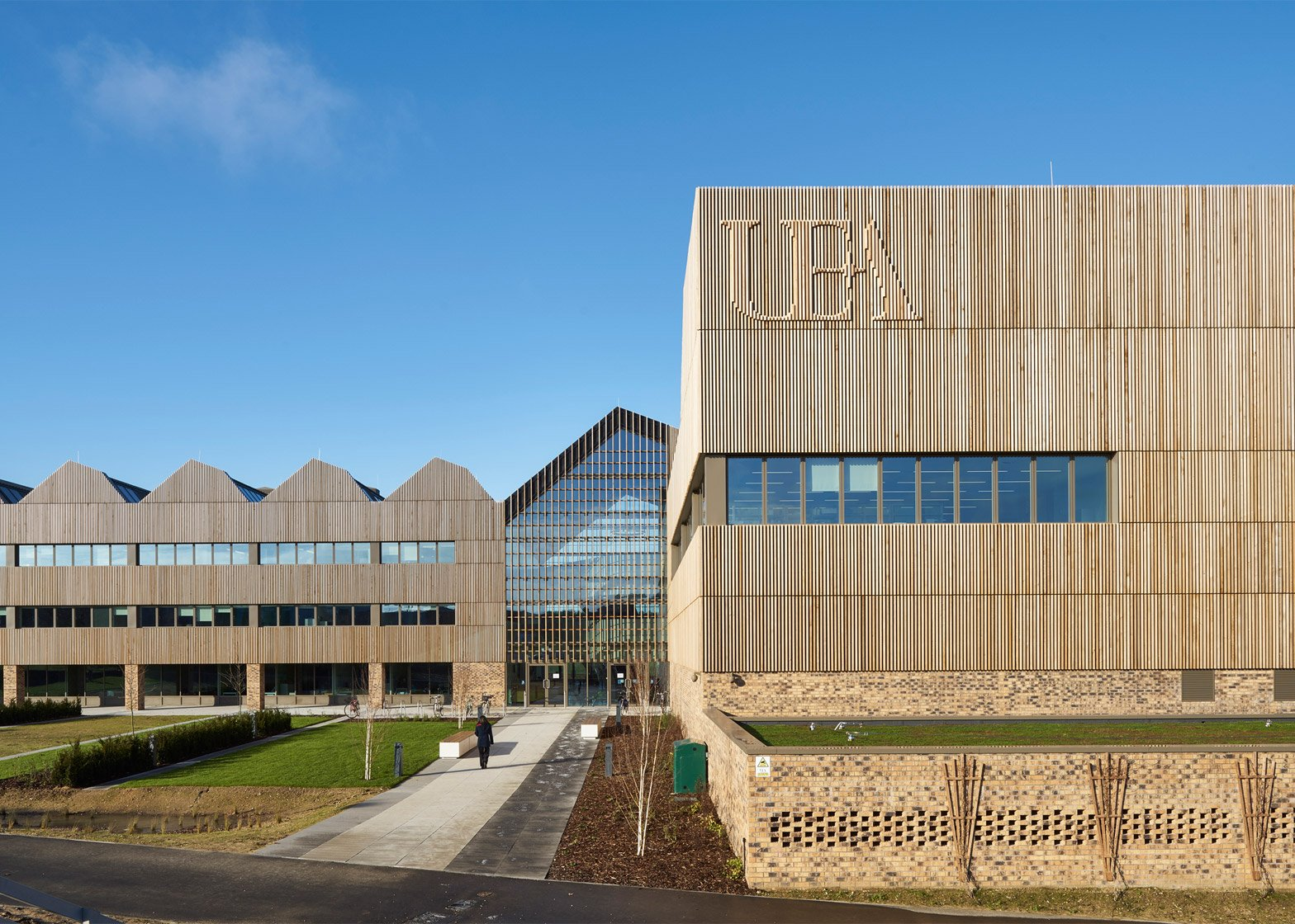 Bob Champion Research and Education Building by HawkinsBrown. Photograph by Gareth Gardner
