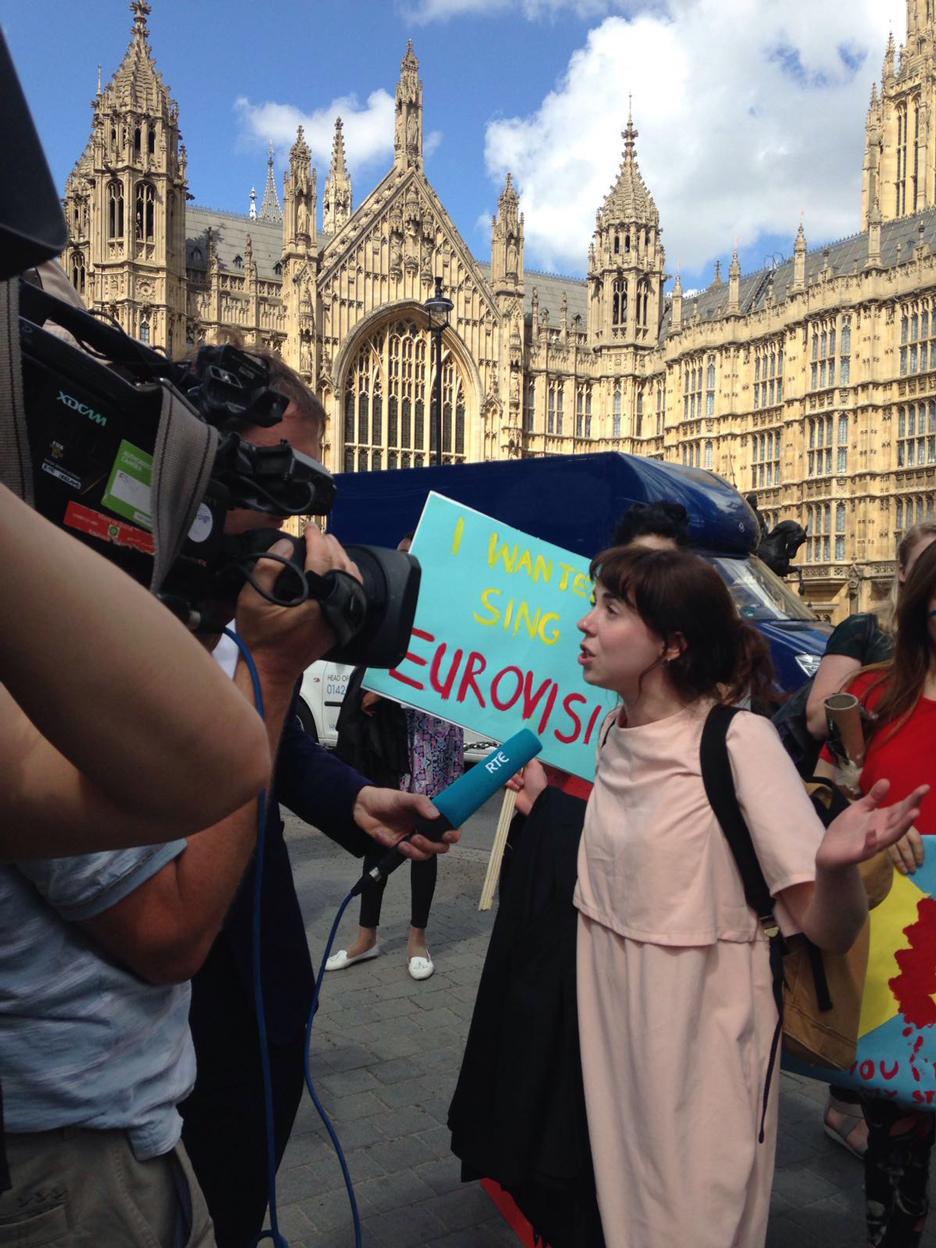 brexit protest eu referendum_dezeen_1