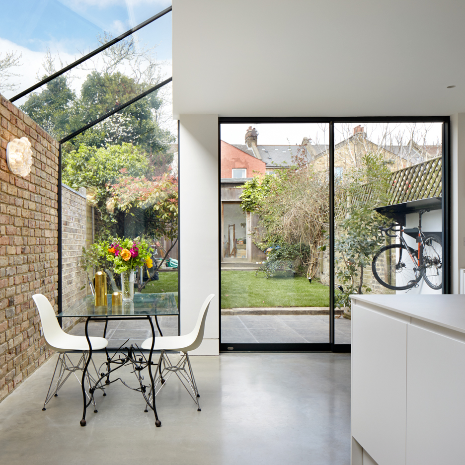 Rise design studio adds glass extension to north london for Studio home designs