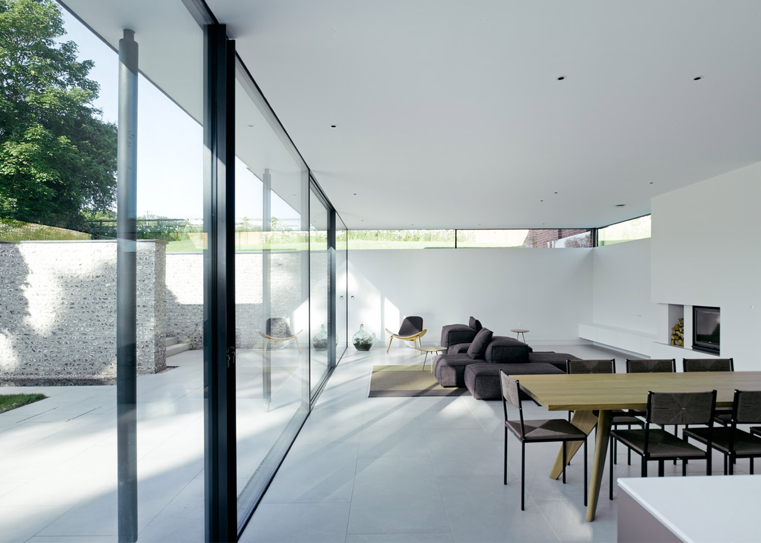 The Cheeran House by John Pardey Architects. Photograph by James Morries