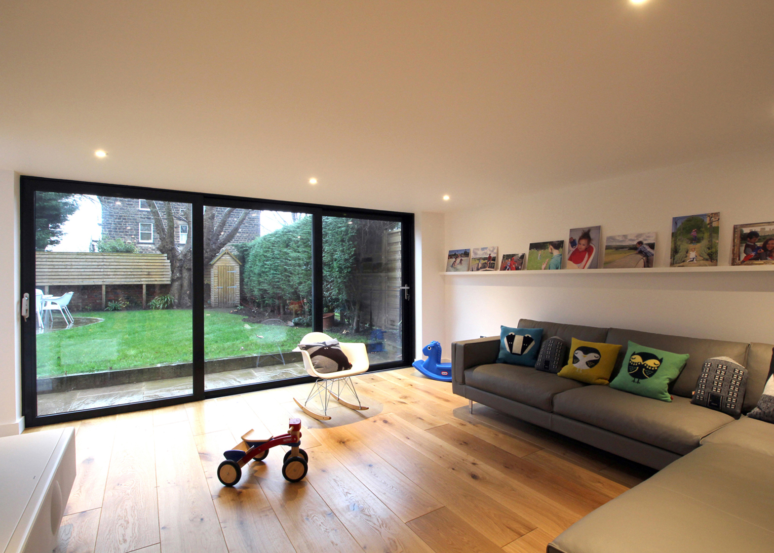 Contemporary Lean-to; Harrogate, Yorkshire, England, by Doma Architects