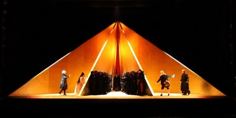 Anish Kapoor creates elemental set design for English National Opera