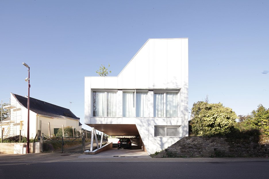 Flying Box Villa by 2A Design, residential architecture in Rennes, France