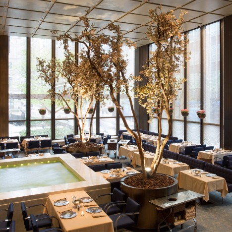 "Critics slam ""painful"" auction of items from Philip Johnson's The Four Seasons restaurant"