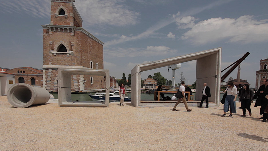 Modular housing by Samuel Goncalves at the Venice Architecture Biennale 2016
