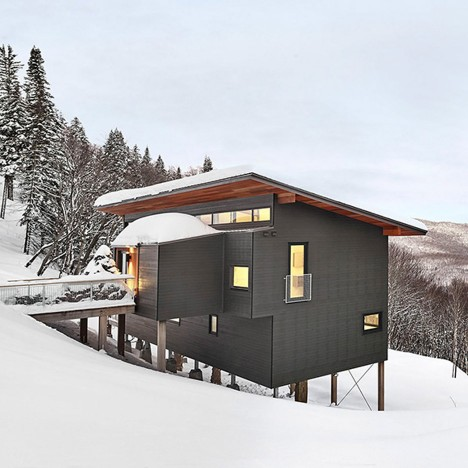 Robitaille Curtis perches a ski chalet on a steep slope in Quebec