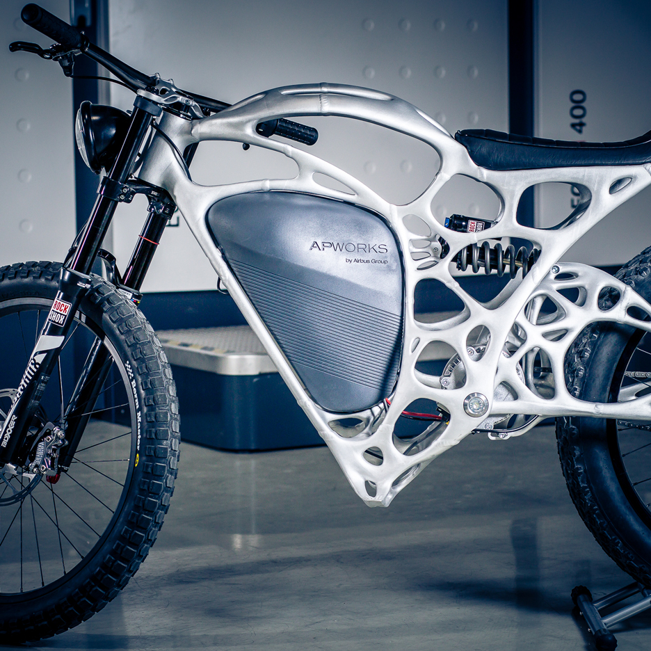 APWorks creates Light Rider 3D-printed motorcycle