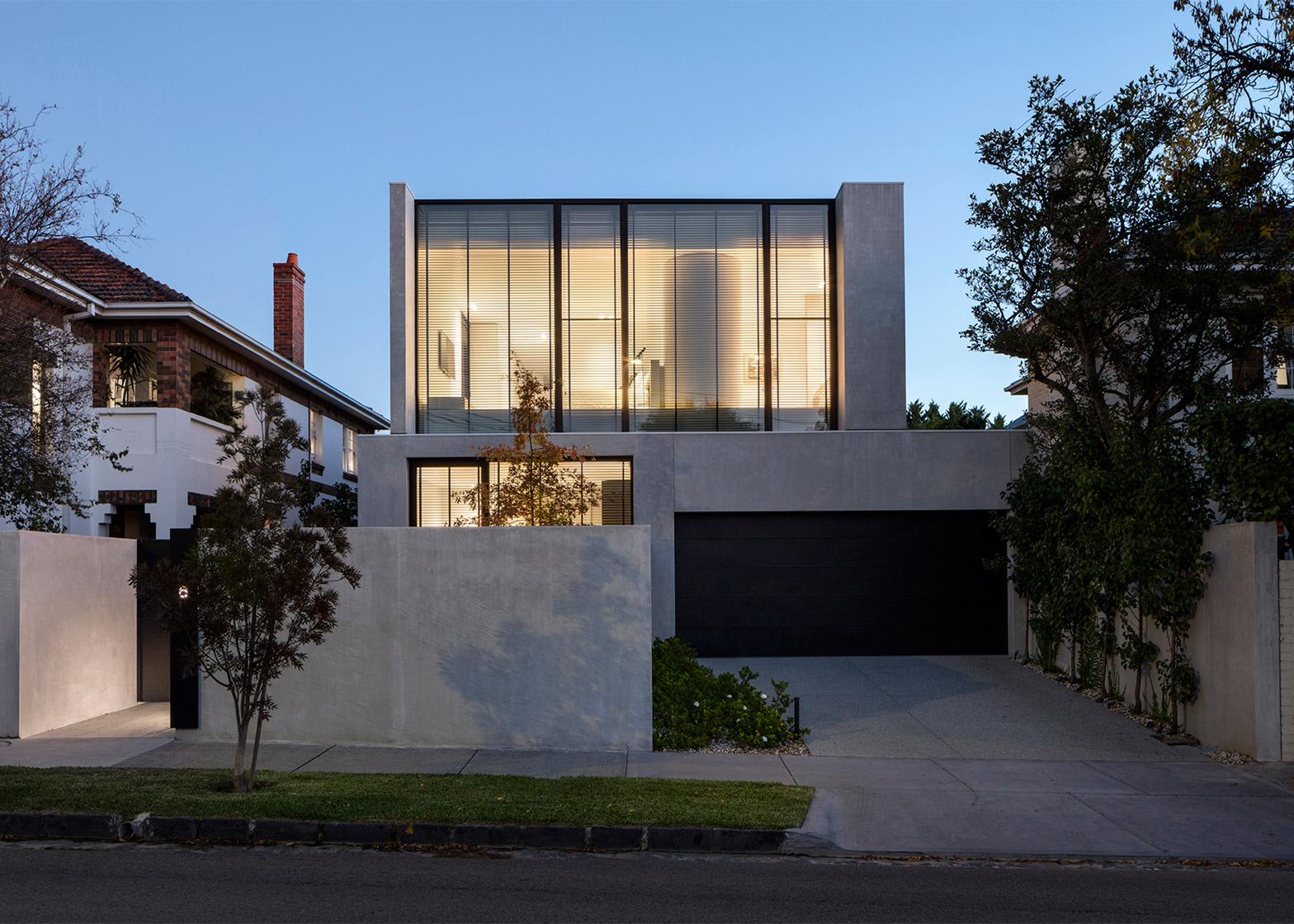 Davidov Partners completes concrete house in Melbourne