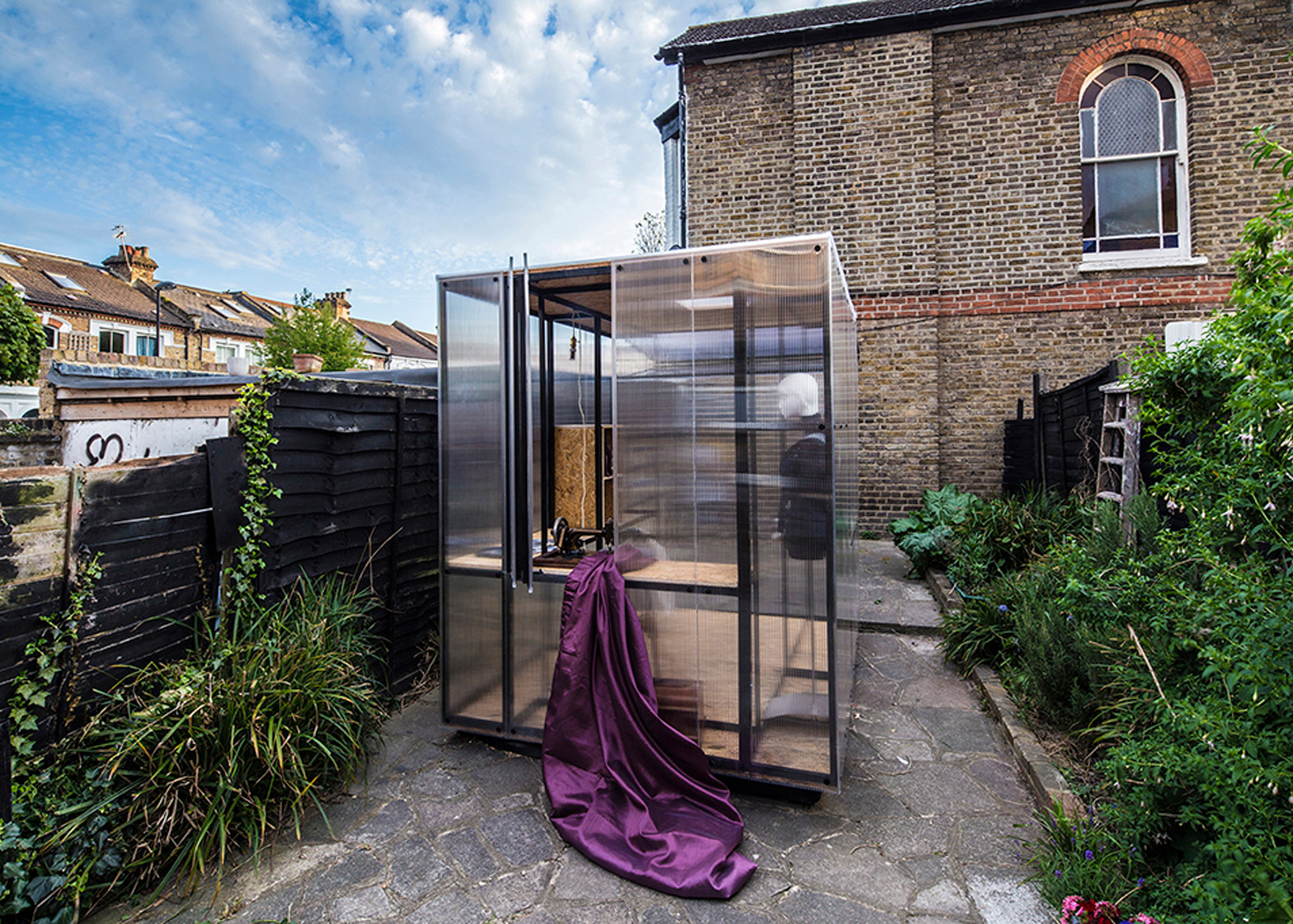 London architects create pop-up art studio to highlight the city's unaffordable rents