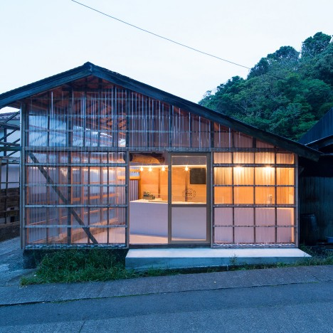 Roovice transforms wooden warehouse into bagel shop with see-through walls