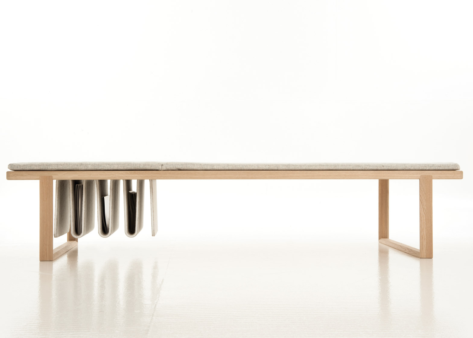 Pulse bench by Noidoi. Photograph by Tudor Cioroiu