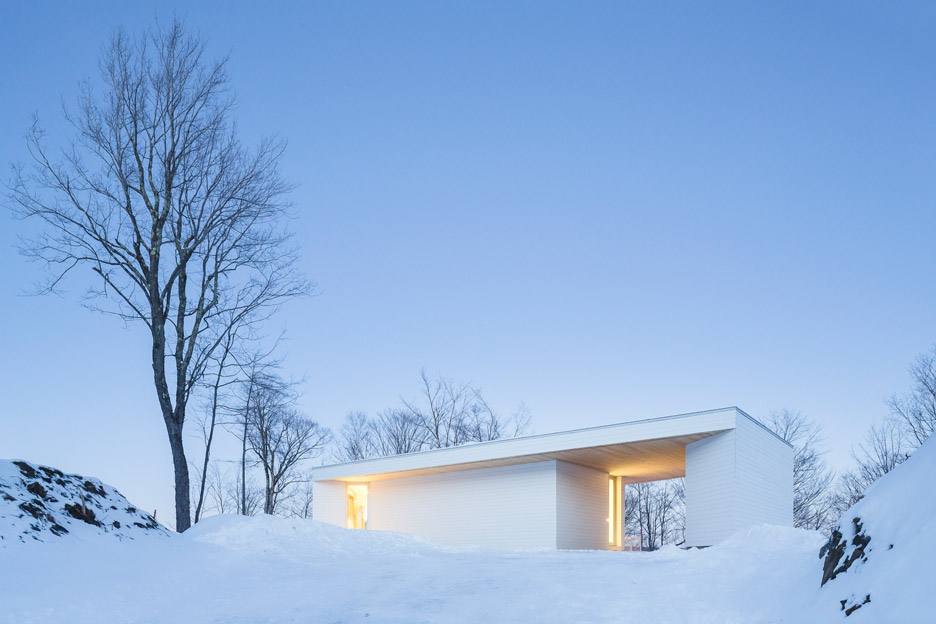 Nook Residence by MU Architecture, a white house in Quebec, Canada