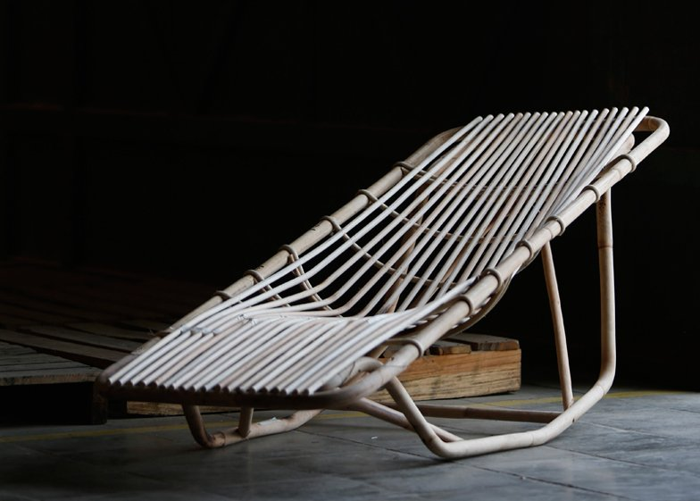 Lounge Stoel Ikea : Piet hein eek unveils first collection with ikea