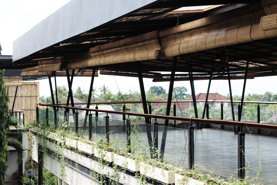 roam-co-living-working-alexis-dornier-residential-architecture-bali-indonesia_dezeen_936_1