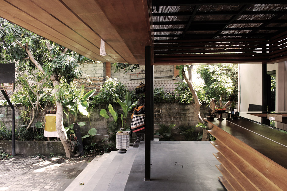 roam-co-living-working-alexis-dornier-residential-architecture-bali-indonesia_dezeen_936_16