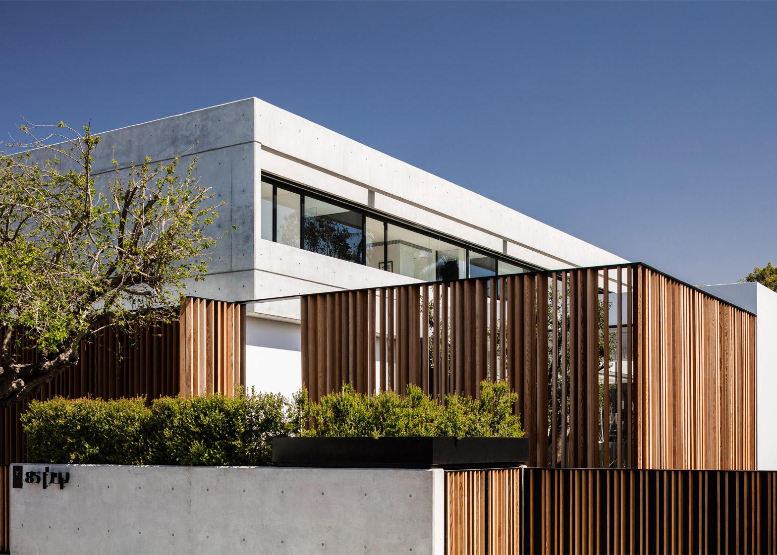 S House by Pitsou Kedem