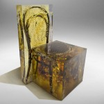 Nucleo traps Thonet chair in resin for Ammann Gallery