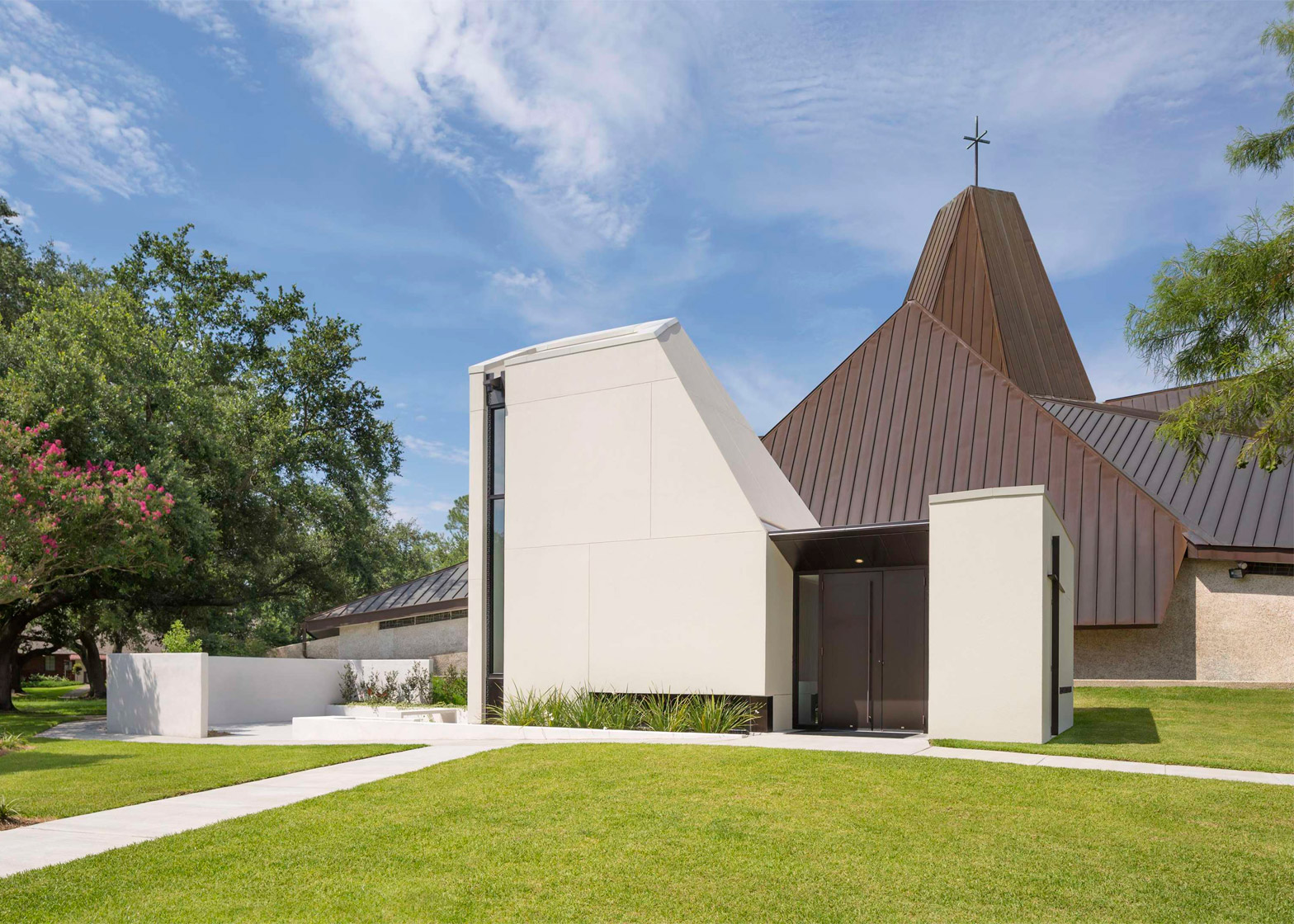 St Pius Chapel and Prayer Garden by Eskew+Dumez+Ripple