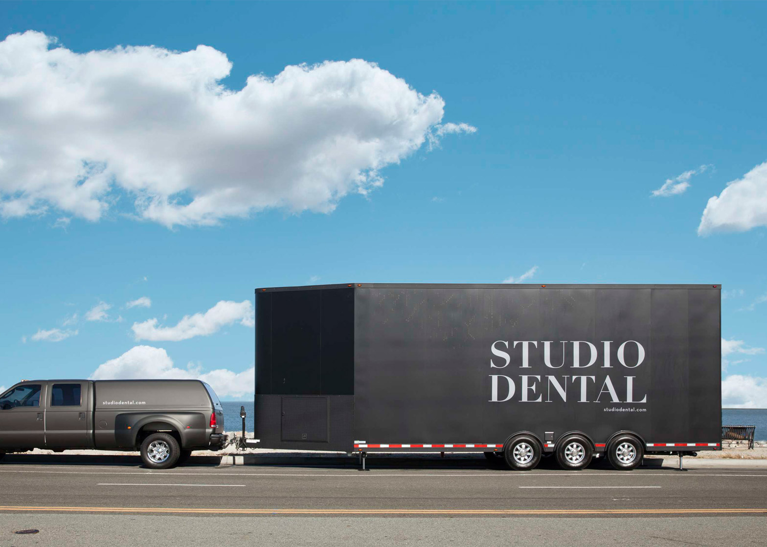 Studio Dental by Montalba Architects