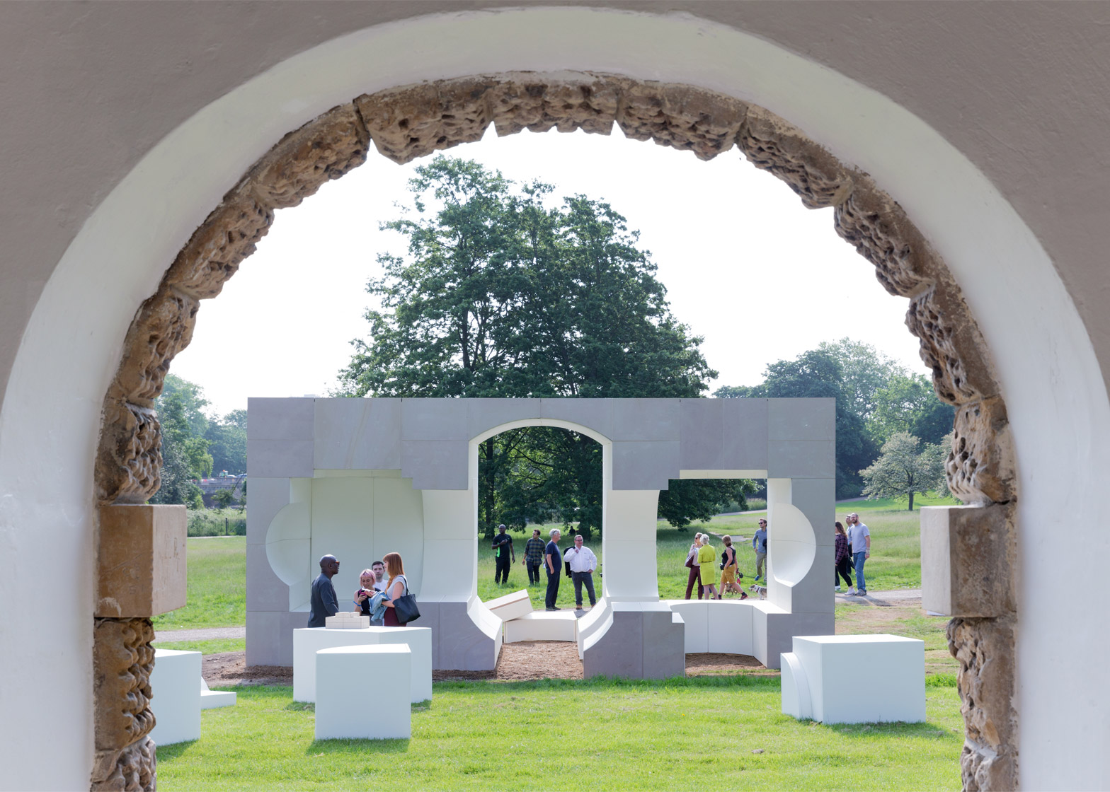 Awe Inspiring Architects Build Summer Houses At The Serpentine Gallery Largest Home Design Picture Inspirations Pitcheantrous