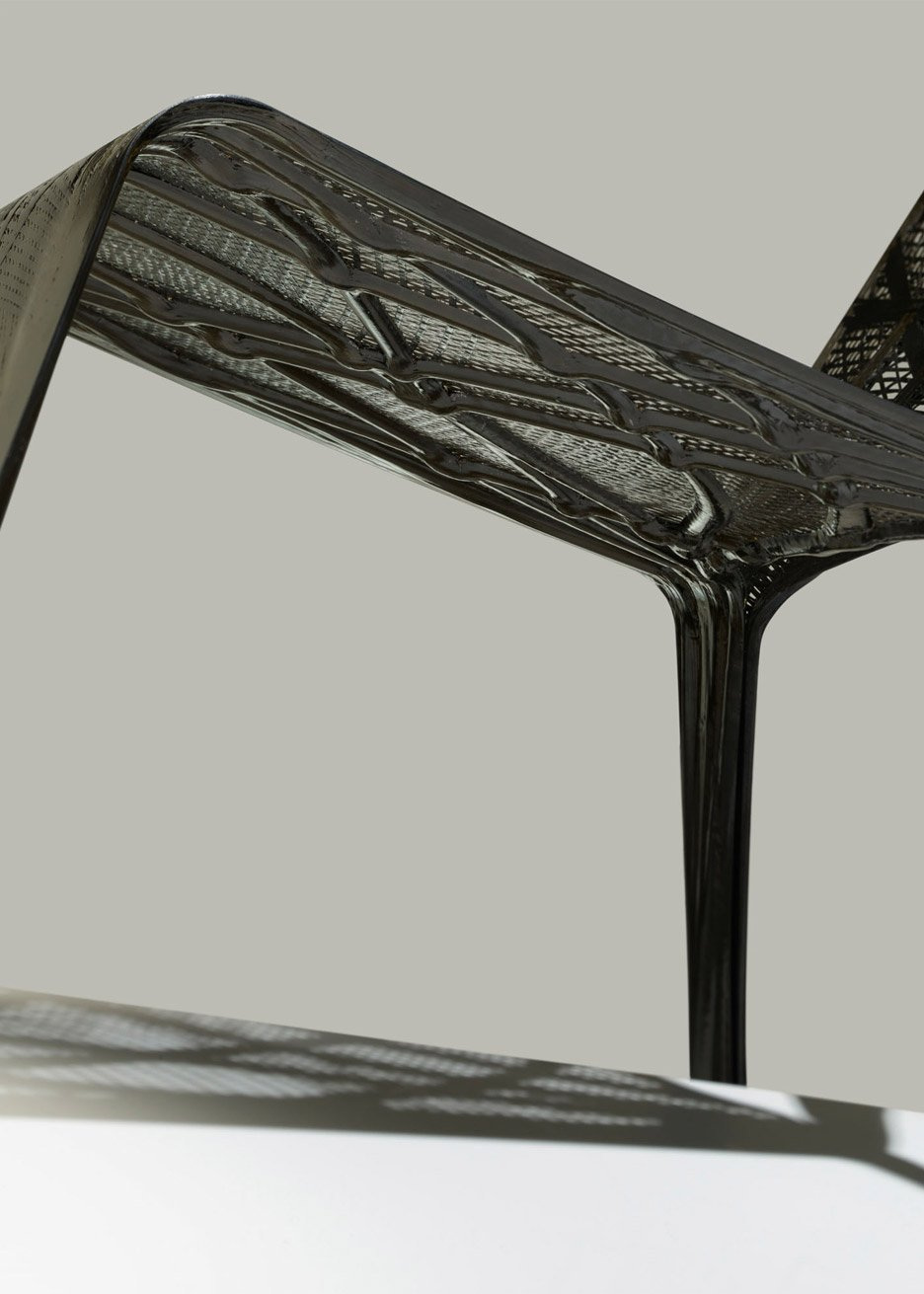 Technocast: carbon fibre furniture by Marleen Kaptein and NLR